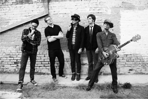 2011-09-01-band300
